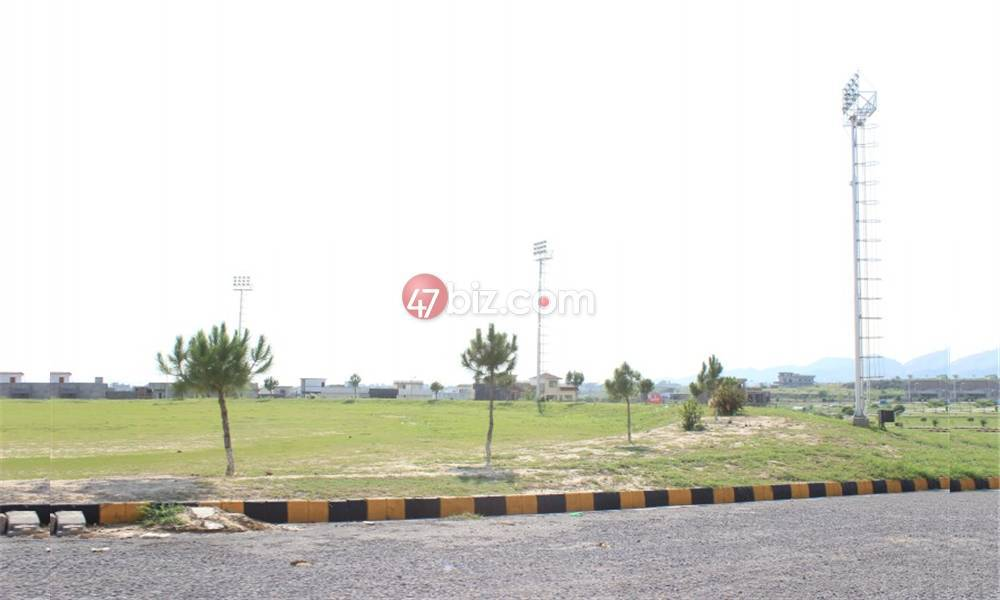 30x60-Residential-(Corner)Plot-for-sale-in-B17-Multi-Garden-Block-F-5