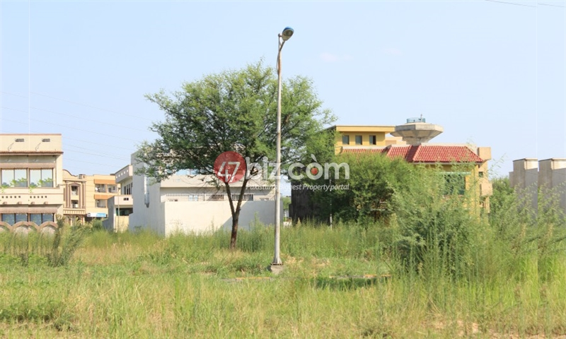 Attractive-location-35x70-plot-Available-For-Sale-In-B-17-Block-D-4