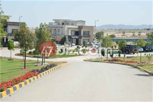 50x90-Plot-for-sale-in-Top-City-B-Block-2