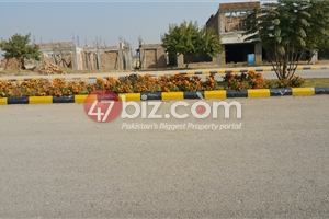 Plot-for-sale-in-Gulberg-Residencia-Block-O,-Size-7-Marlas-3