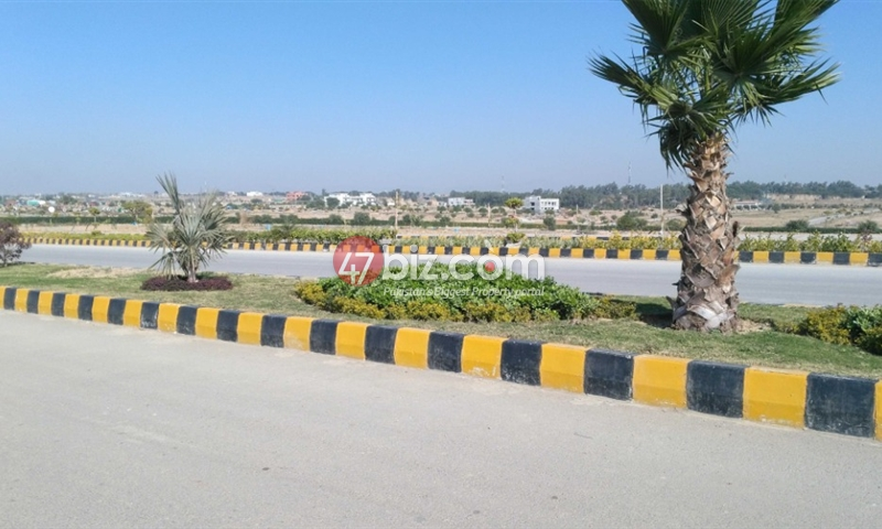 Plot-For-Sale-in-Gulberg-Block-J,-Size-1-Kanal-1