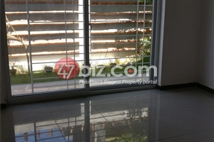 40x80-Brand-New-Sun-Face-Out-class-house-for-sale-in-G-15/1-31