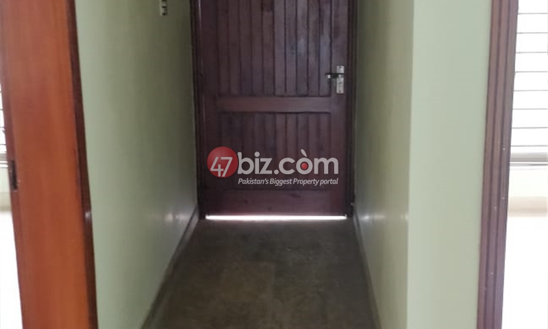 House-for-Sale-in-B-17-C-Block-9