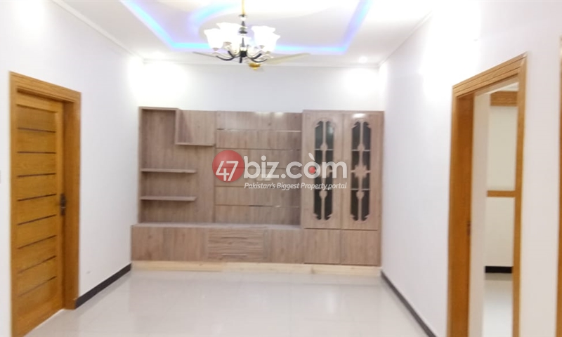 7-MARLA-standard-house-for-sale-in-Block-C,-CBR-TOWN-9