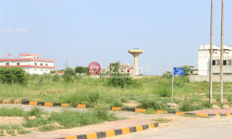 30x60-Residential-(Corner)Plot-for-sale-in-B17-Multi-Garden-Block-F-17