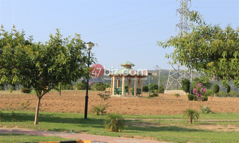 Residential-plot-for-sale-in-B-17-block-E-,-Size-30x60-30