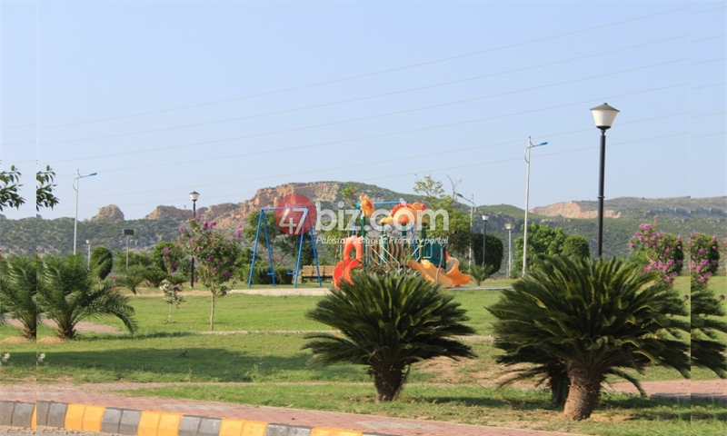 30x60-Plot-for-sale-in-B-17-Block-E---Isb-2