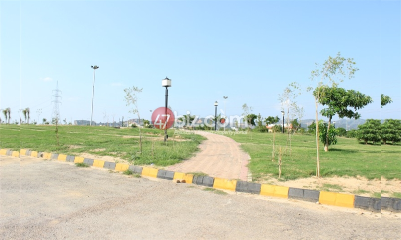 Residential-8-Marla-plot-for-sale-in-B-17-block-F-1