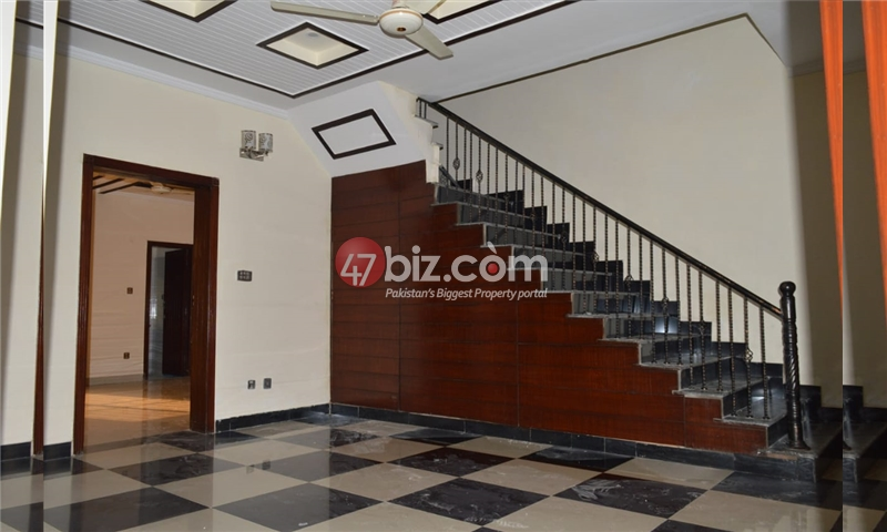 10-Marla-Beautiful-House-for-sale-in-Bahria-Town-Rawalpindi-2