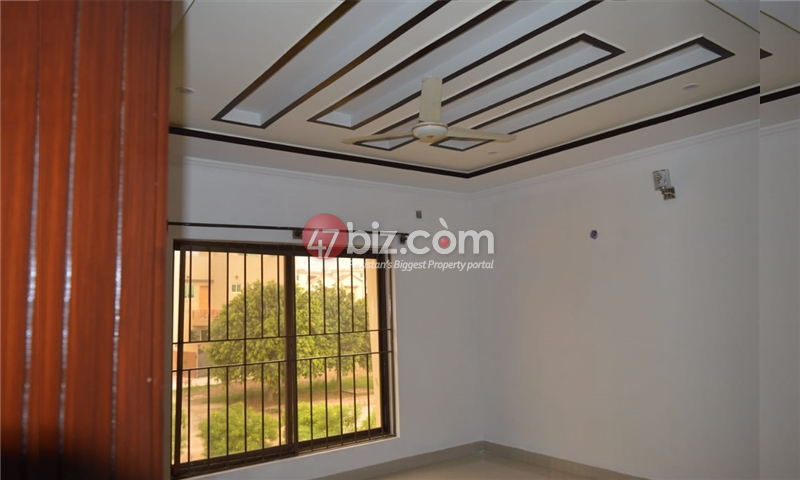 10-Marla-Beautiful-House-for-sale-in-Bahria-Town-Rawalpindi-14