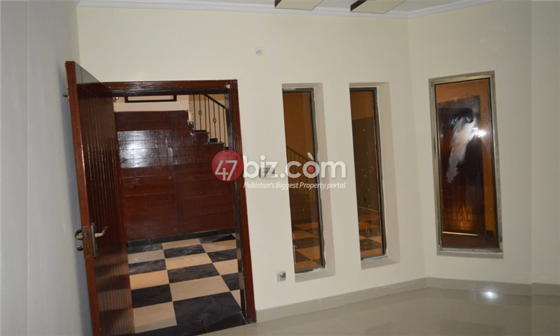 10-Marla-Beautiful-House-for-sale-in-Bahria-Town-Rawalpindi-15