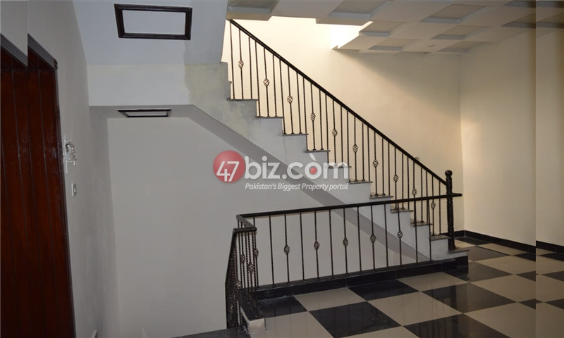 10-Marla-Beautiful-House-for-sale-in-Bahria-Town-Rawalpindi-16