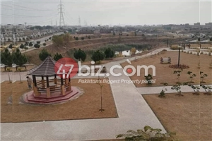plot-for-sale-size-30x60-in-block-F-4