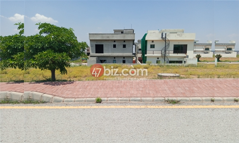 Plot-for-sale-in-bahria-town-phase-8-2