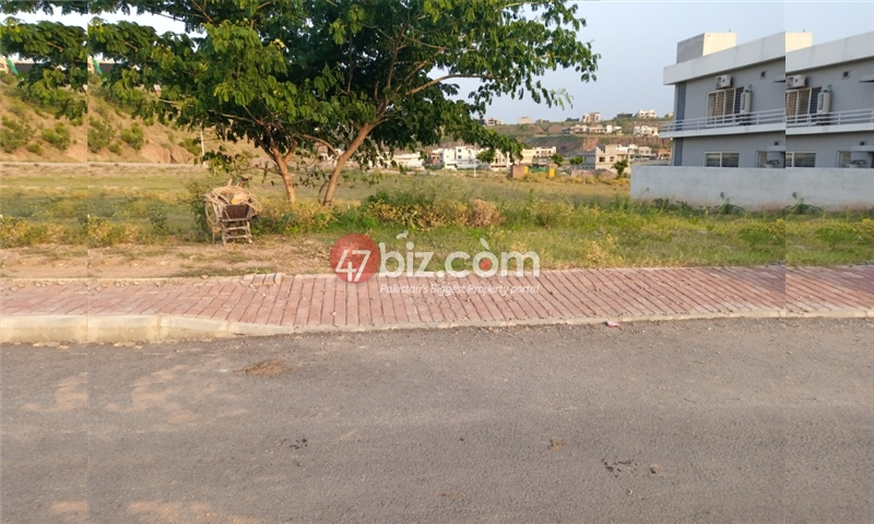 Plot-For-sale-1-Kanal-in-Bahria-town-Phase-8-2