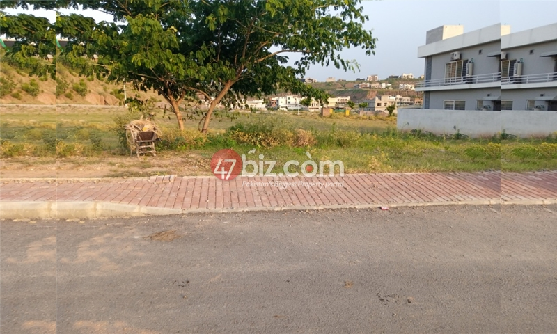Plot-For-sale-1-Kanal-in-Bahria-town-Phase-8-4