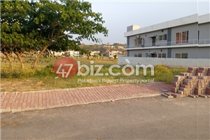 Plot-For-sale-1-Kanal-in-Bahria-town-Phase-8-7
