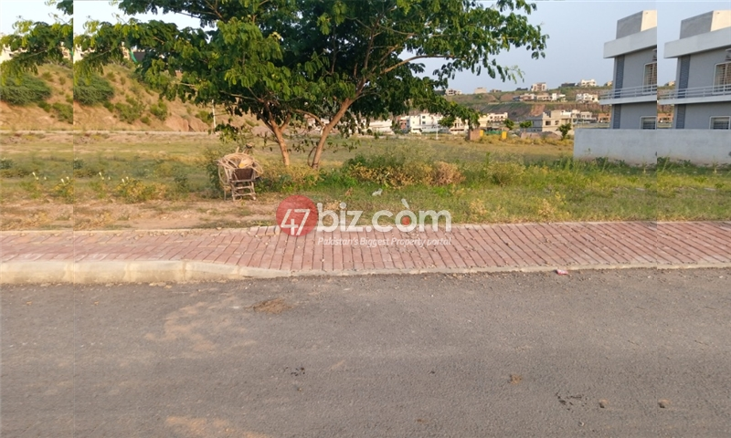 Plot-For-sale-1-Kanal-in-Bahria-town-Phase-8-8