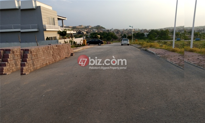 Plot-For-sale-1-Kanal-in-Bahria-town-Phase-8-10