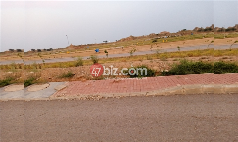 Plot-For-sale-5-Marla-in-Bahria-Town-Phase-8-8