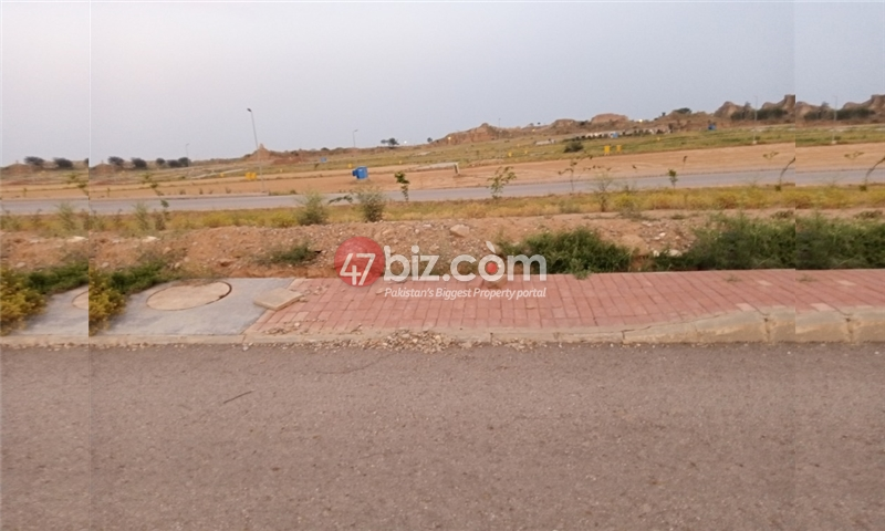 Plot-For-sale-5-Marla-in-Bahria-Town-Phase-8-10