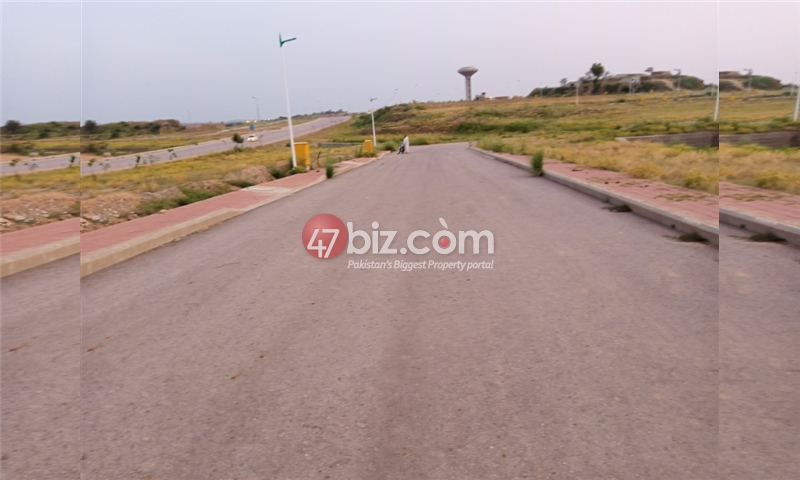 Plot-For-sale-5-Marla-in-Bahria-Town-Phase-8-12