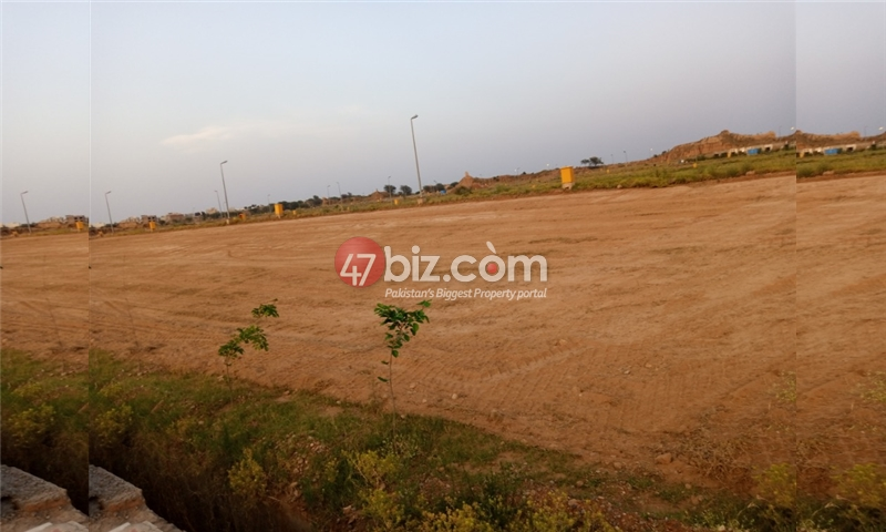 Plot-For-sale-10-Marla-in-Bahria-Town-Phase-8-5