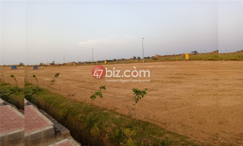 Plot-For-sale-10-Marla-in-Bahria-Town-Phase-8-10