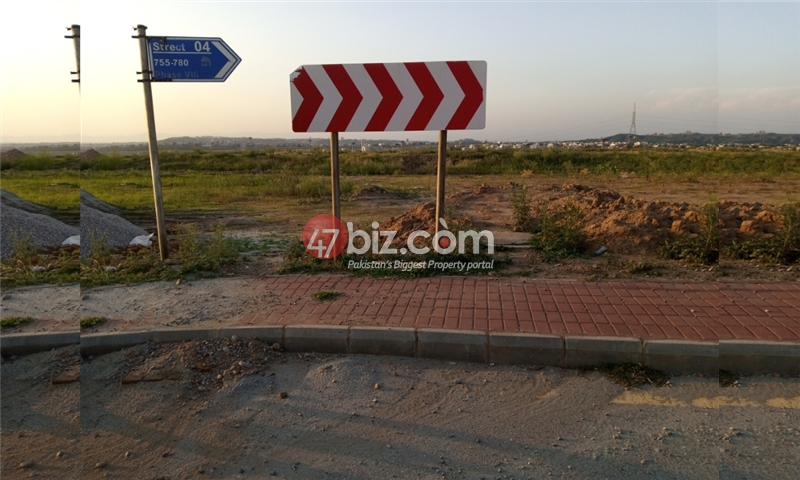 Sector-E-plots-for-sale-front-back-open-1