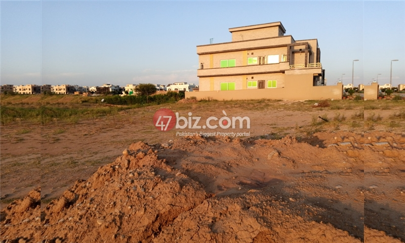 Sector-E-plots-for-sale-front-back-open-6