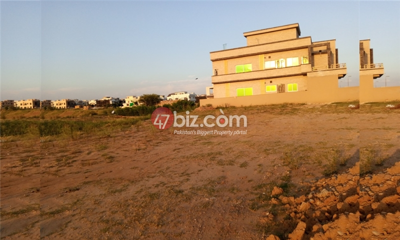 Sector-E-plots-for-sale-front-back-open-7