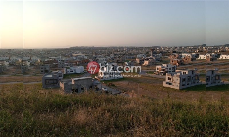 Sector-E-plots-for-sale-front-back-open-15