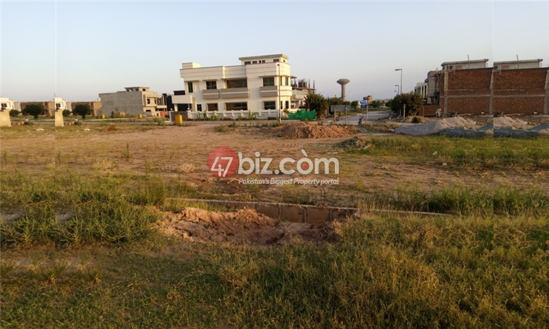 Sector-E-plots-for-sale-front-back-open-16