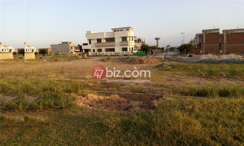 Sector-E-plots-for-sale-front-back-open-19