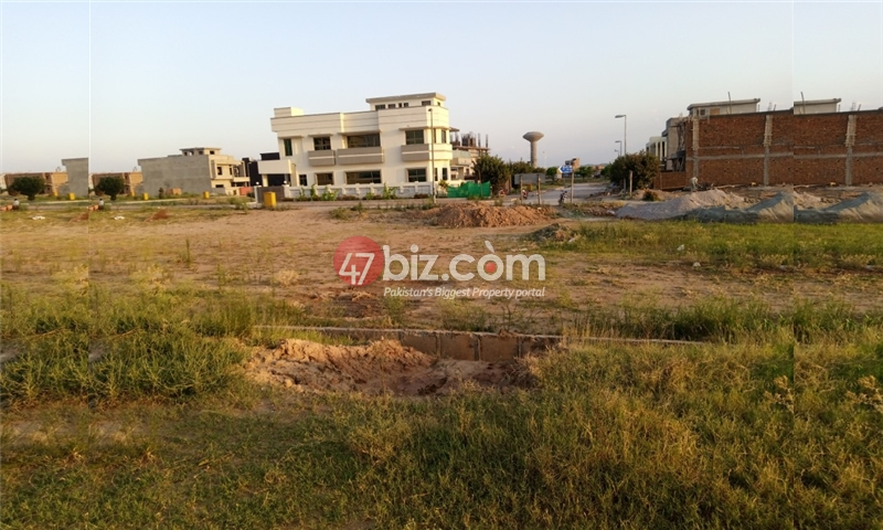 Sector-E-plots-for-sale-front-back-open-22