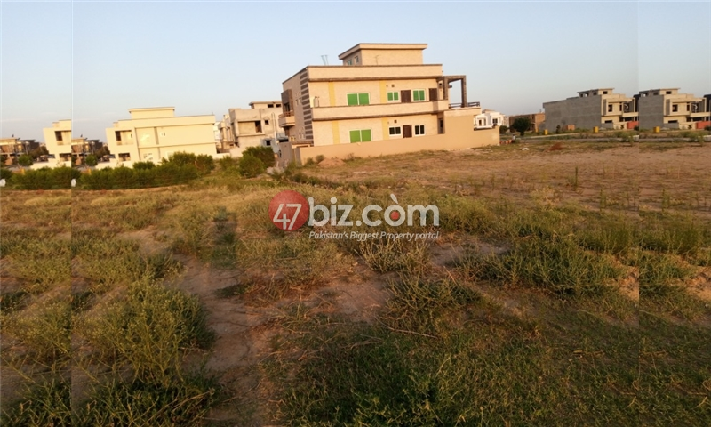 Sector-E-plots-for-sale-front-back-open-23