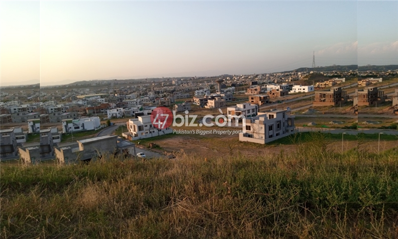 Sector-E-plots-for-sale-front-back-open-26