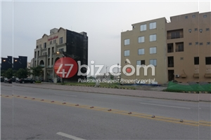 Beautiful-Commercial-Plot-of-Size-30x30-(4-Marla)-on-Commercial-Avenue-3