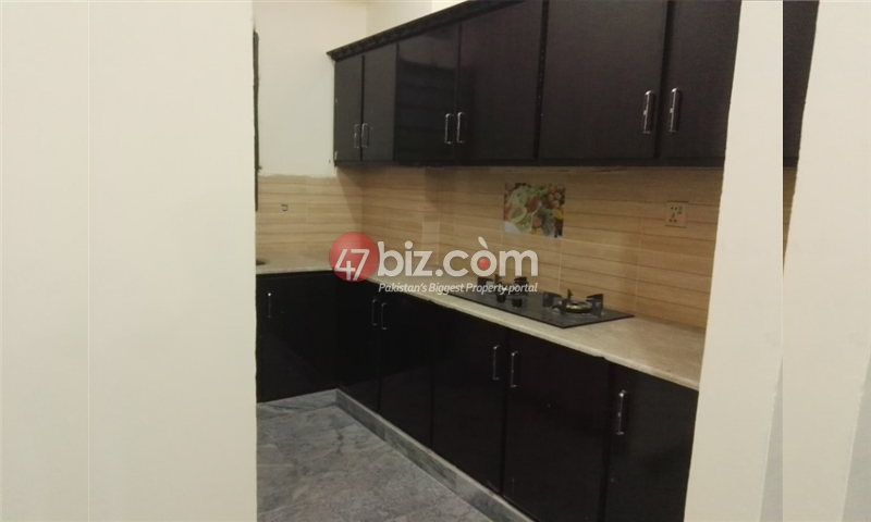 Family-Flat-Is-Available-For-Rent-12