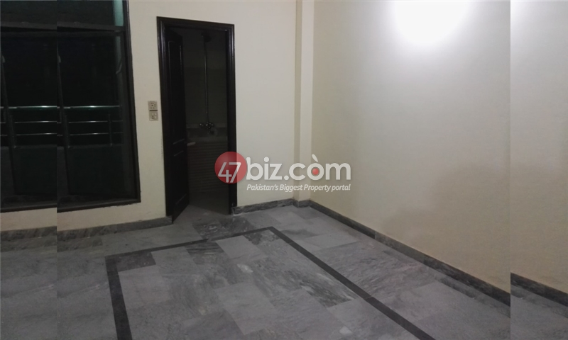 Family-Flat-Is-Available-For-Rent-16