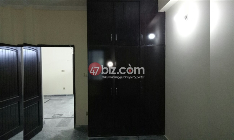 Family-Flat-Is-Available-For-Rent-23