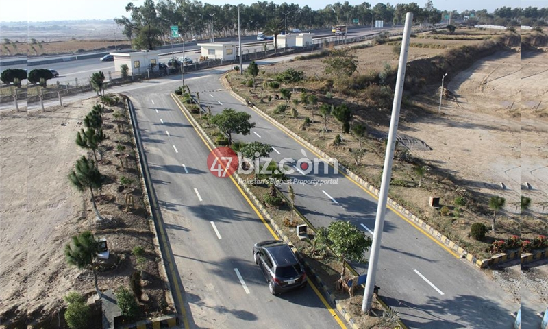 5-Marla-Ready-to-Construct-1st-Block-Front-of-Moterway-Toll-Plaza-5