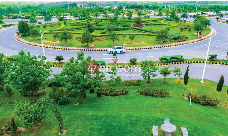 7-Marlas-Plot-for-Sale-in-Gulberg-Block-P1-1