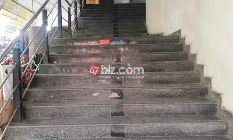 3-Shops-Size-1500sqft-1st-floor-is-for-sale-in-G-11-markaz-3