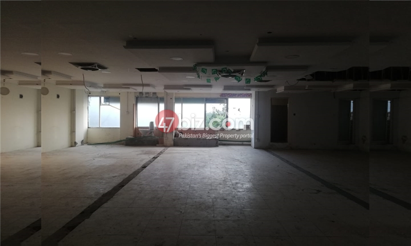 3-Shops-Size-1500sqft-1st-floor-is-for-sale-in-G-11-markaz-4