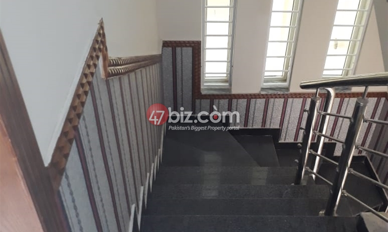 8-Marlas-House-For-Sale-in-G-13-2