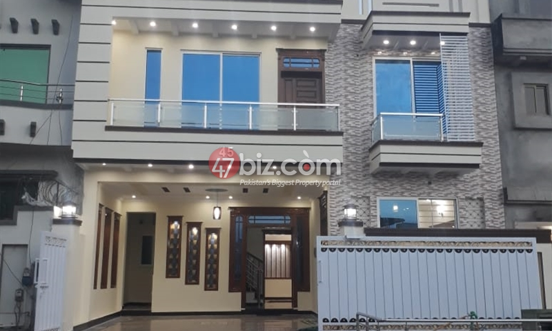 8-Marlas-House-For-Sale-in-G-13-4