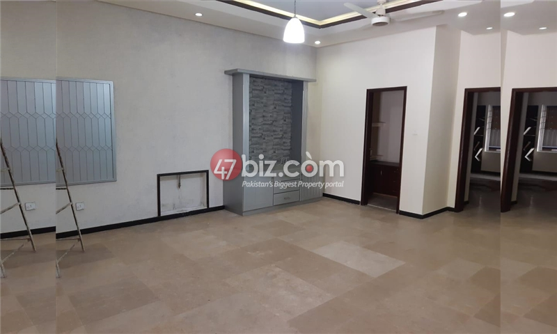 10-Marlas-Double-Story-House-for-sale-in-Bahria-Town-Phase-7-4