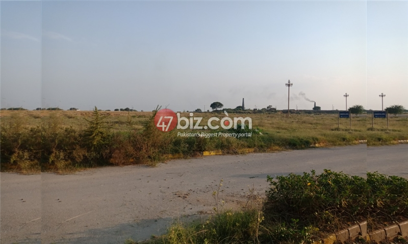 35x70-Corner-plot-available-for-sale-in-Street-no.29-2