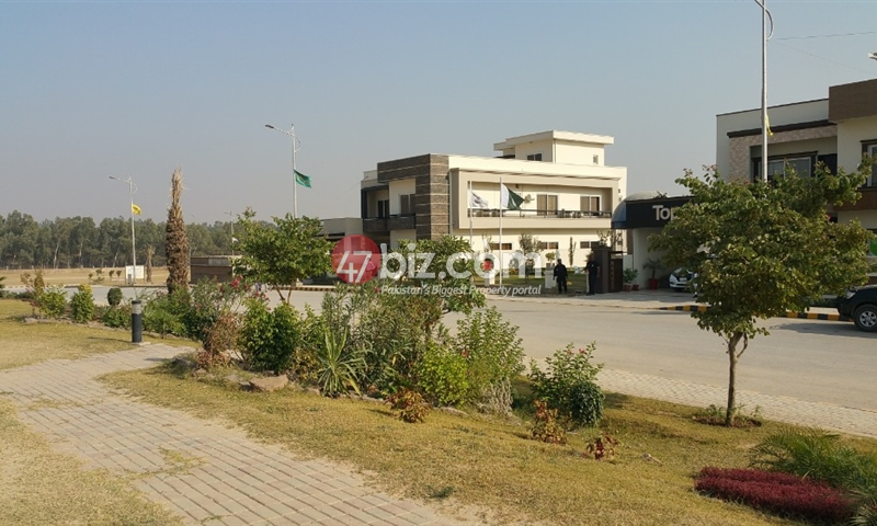 1-Kanal-Plot-for-sale-in-Top-City-Block-B-3